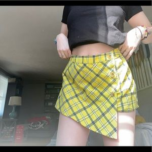 Yellow plaid short/skirt